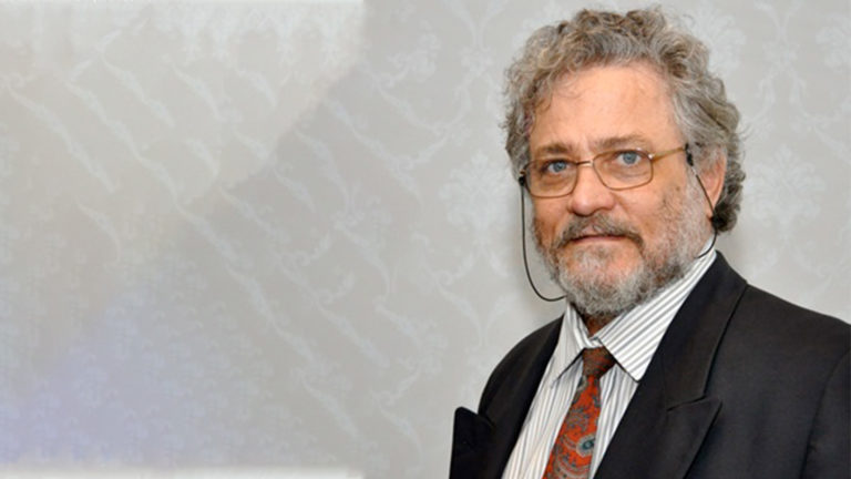 Professor Johannes Smit.